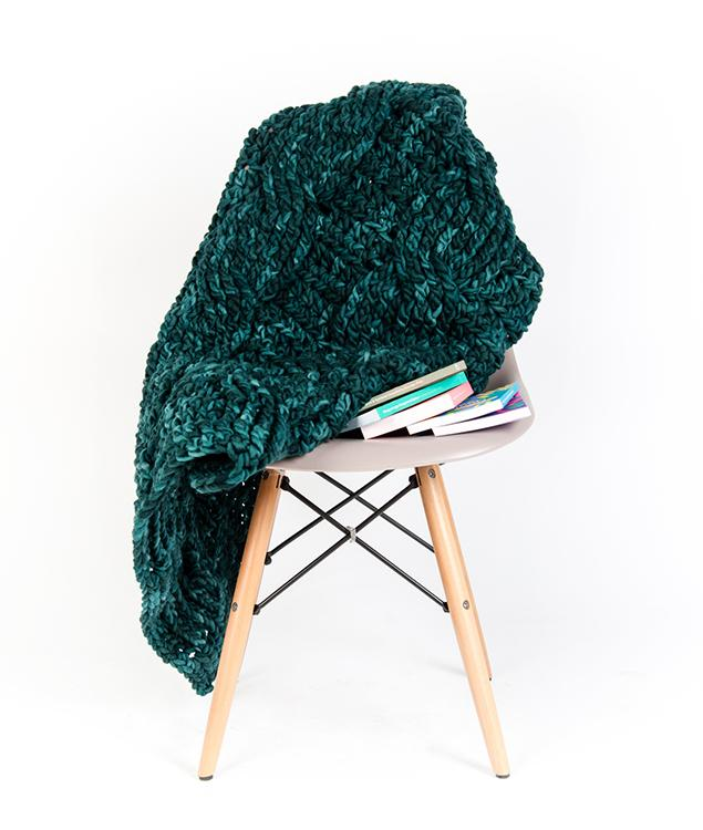 Home Decor Collection - Homeware - Cable Blanket -