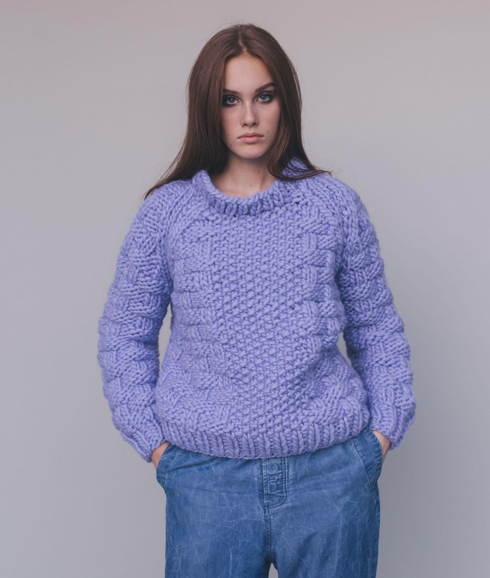 Sweaters and Tops - Wool - Alyon Pull - 1