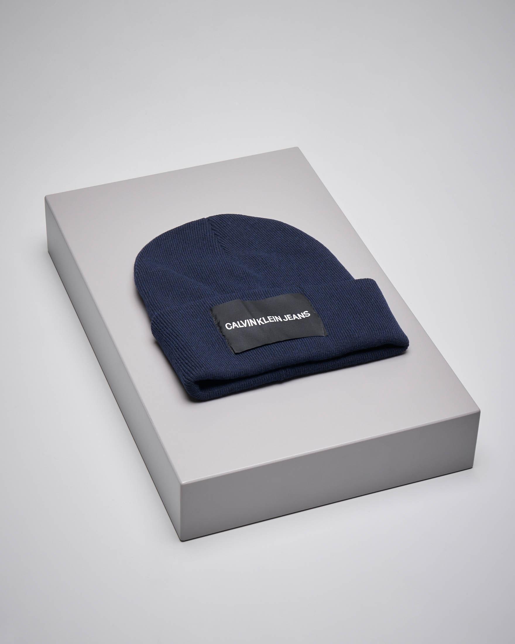 Berretto in misto lana blu con logo