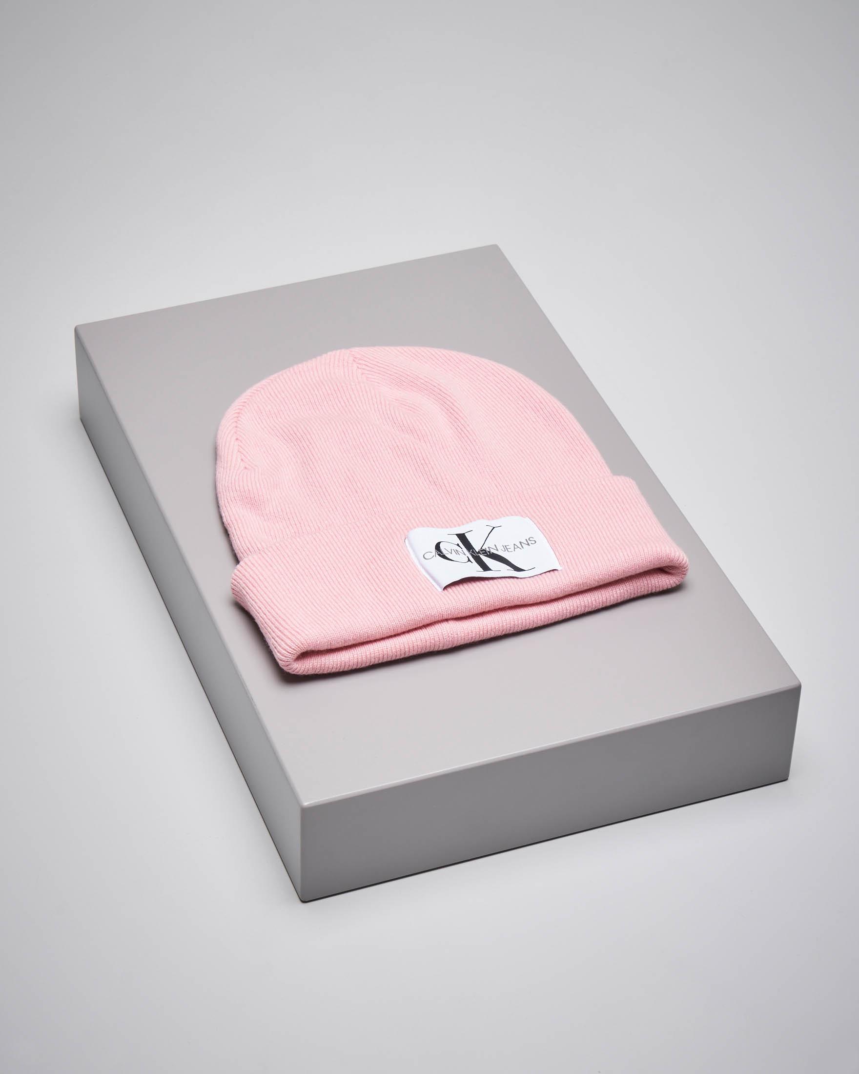 Berretto in misto lana rosa con monogramma logo